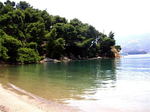 Poros, Love Bay