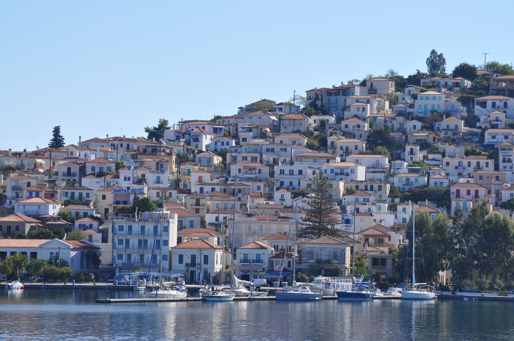 Poros, floating marina
